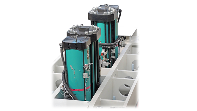 [Translate to Japan:] Pneumohydraulic drive of the press system with TOX®-Powerpackages